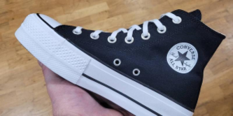 Converse Platforme noire Cholet - 85.00€ sur Bitume Cholet