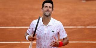 Djokovic dépasse Nadal
