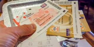 En télétravail, les salariés peuvent se voir retirer leurs tickets-restaurants